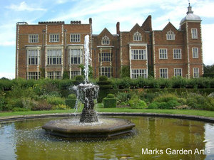 HatfieldHouse_02.jpg